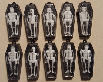 10 Vintage Skeleton in Coffin Charms. The skeletons can jiggle! Happy Halloween!