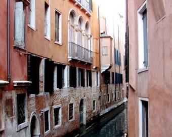 Venice Wall Art / Italian Wall Decor - Venetian Canal Photograph / Photography - Venetian Canals / Framed - Canvas - Venice Photography