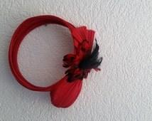 Vintage headband with feathers, red and black, turban, charleston style, roaring twenties, bridesmaid