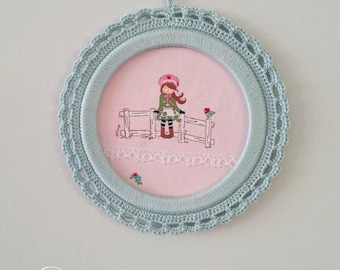 Round picture, childrens room picture, framed picture, round framed picture, Crochet framed picture