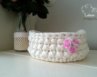 crochet round basket, t-shirt yarn basket