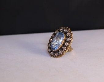 Victorian Style 18k, Ring. Blue Spinel & Rose Cut Diamonds. Circa 1950's