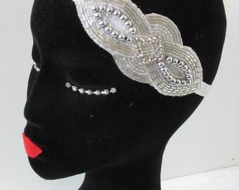 White Silver Art Deco Headpiece 1920s Charleston Flapper Pearl Headband 1930s Great Gatsby Vintage Headdress Dress Pearl Rhinestone O49