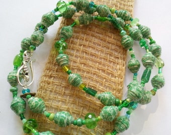 Paper beads  Paper bead Jewelry  Necklace Green  handmade beads  green paperbeads  and glassbead necklace  Green paper bead necklace