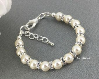 Flower Girl Bracelet, Ivory Pearl Bracelet, Swarovski Bracelet, Flower Girl Jewelry, Bridesmaids Gift, Available in White or Ivory