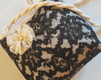 Black lace wedding bag, Black bridal clutch, Bride purse, Bridesmaid gift bag, Mother of the Bride Gift, Girls bag, Ivory & Black Handbag