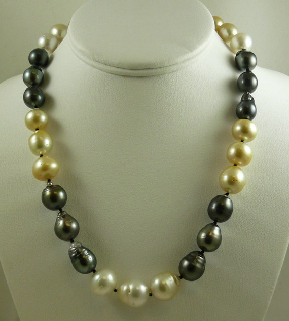 South SeaMulticolor Baroque Pearl Necklace 14mm x 15.9mm 14K White Clasp