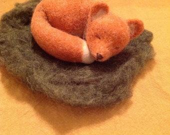 Little sleeping fox, wet felted, handmade, only pure wool, waldorfinspired
