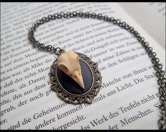 Steampunk necklace gothic vintage pendant 3D resin glass cabochon raven ravenskull skull birdskull