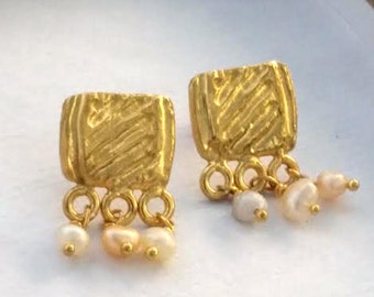 Gold Pearl Studs, Gold Pearl Earrings, Bridal Earrings Gold, Silver Pearl Studs, Wedding Earrings,Bridal Earrings,Gold Earrings,Small Studs
