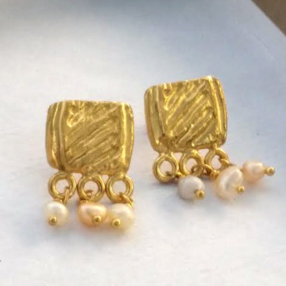 Gold Pearl Studs, Gold Pearl Earrings, Bridal Earrings Gold, Silver Pearl Studs, Wedding Earrings,Bridal Earrings,Gold Earrings,Small Studs