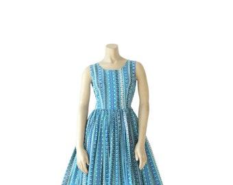 1950s Dress • 50s Mid Century Novelty Print • Shades of Blue • XS S