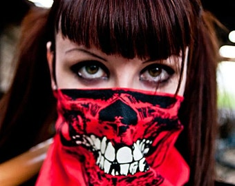 Neon Red Hunter Skull Bandana Face Mask With Glow In The Dark Teeth Grillz Warm Air Scarf Max camping Hunting buff gaiter scarf head wrap