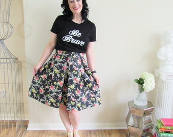 Pride and Prejudice Collection Black Floral Hartley Skirt Knee Length Pleated Skirt Size 2-4