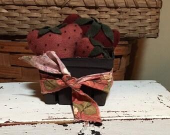 3 Wool Strawberries in Berry Box FAAP