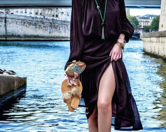 Vintage bohemian  women Brown long pleated dress with an elastic waist size 12 robe Bobo bohemian
