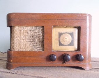 Crosley Tube Radio Model 56TN circa 1947-1948