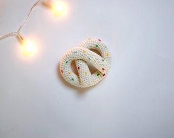Crochet Pretzel - Play-food Praetzel - Baby rattle Pretzel - Ivory Pretzel with multicolor sprinkles