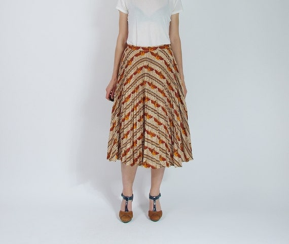 SALE - 70s Cleopatra Permanent Press Street Style High Waisted Midi Skirt / Size L