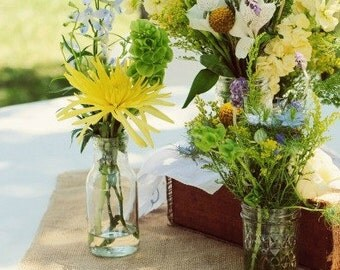 Burlap Table Topper - Table Squares - Burlap Centerpiece - Wedding Decor - Burlap Overlay  - Burlap Square - Rustic Wedding - Set of 12