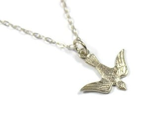 Vintage small silver swallow necklace, sterling silver, bird pendant, small bird necklace, silver bird, swallow jewelry, dainty