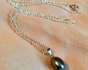 Black Pearl Silver Necklace