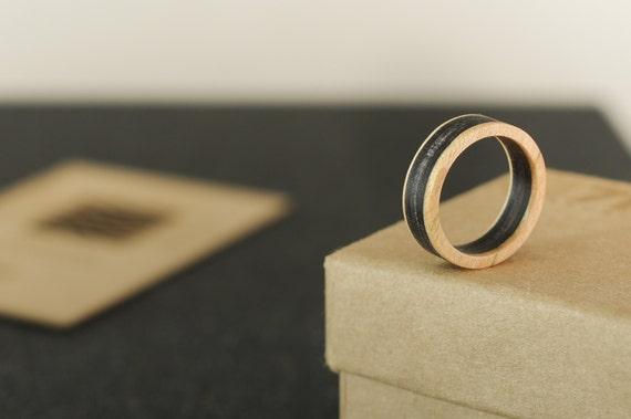 SKATEBOARD recycled ring black (wood)