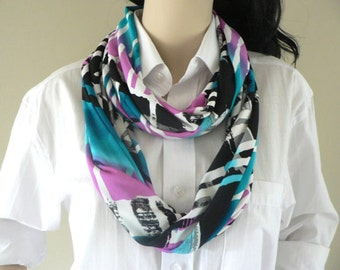 Colorful infinity woman scarf