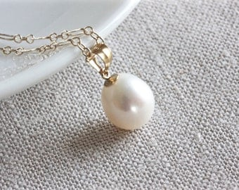 Single Pearl Necklace, Freshwater Pearl Necklace, White Pearl Necklace, Gold Chain Necklace, Pearl Pendant Necklace, Gold Filled Jewelry