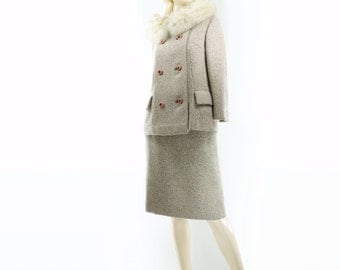 1960s Tweed Suit, Vintage Skirt Suit, Fur Collar Jacket, Beige Wool Suit, Wool Tweed Jacket, 1960s Pencil Skirt, 2 Piece Skirt Suit, Small