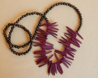 Coconut wood bib necklace, beach chic, layering necklace, summer fashion, dark brown wood bead, boho fashion, maroon, bohemian