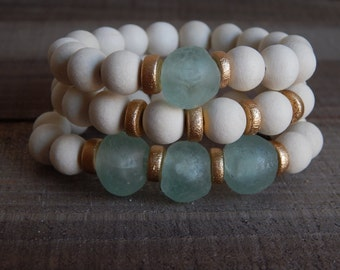 SALE White wood stretch bracelets with recycled glass, african glass, bracelet set, beach chic, neutral, summer fashion, ocean inspired