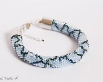 "Seed bead bracelet ""blue python"""