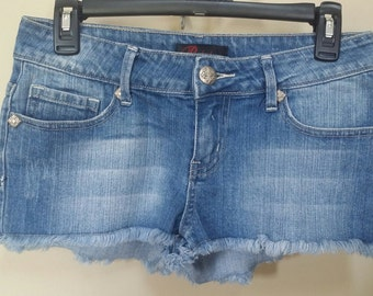 Jean destroyed shorts, Size 5 Upcylced/Altered (Waist 29 inch)  // Distressed Shorts // Size 5 Shorts // Pocket Shorts // Upcycled Shorts //