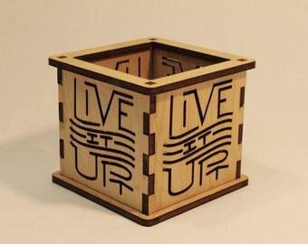 Live It Up - Tea Light Holder