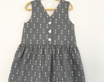 Summer Dress Grey with Arrows