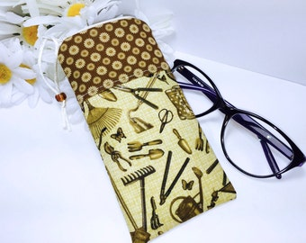 Gardening Glasses Case, Zip Top Eyeglass Case, Sunglasses Pouch, Slim Glasses Case