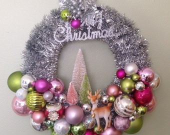 Vintage mid century Christmas ornament wreath