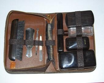 Vintage Men's Toiletry / Grooming Set in Leather Zip Case