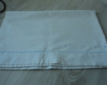 French Vintage babies embroidered sheet  (01131)