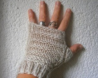 Beige hand made wool mittens, knitted seamless