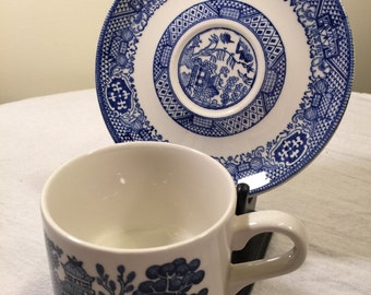 Vintage Churchill England asian inspired tea cup