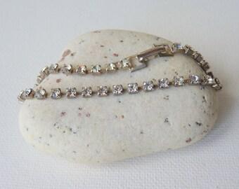 SALE,Vintage Rhinestone Bracelet, Cup Chain Clear Rhinestone Bracelet, Sparkly Crystal Bracelet,Prong and Delicate Glass Rhinestone Bracelet