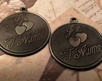 Darkened brass just je T Aime charms 4 pc 25mm