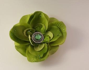 Green Flowe Hair Clip