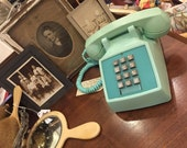 Vintage Retro Aqua Blue / Turquoise Bell System Push Button Telephone