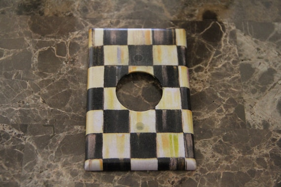 Round Hole Receptacle Switch Plate Outlet Cover Made By
