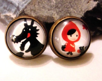 Earrings cabochon little Red Riding Hood and the Wolf evil fairy nostalgia