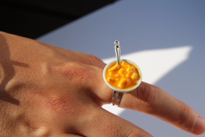 mac n cheese ring macaroni and cheese ring bowl of mac n