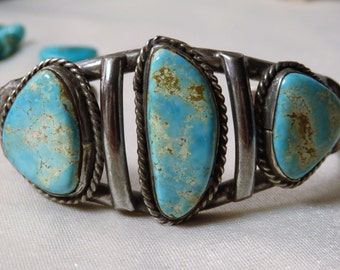 Old Pawn NAVAJO Nevada High Grade Eater Blue TURQUOISE Gemstones STERLING Silver Cuff